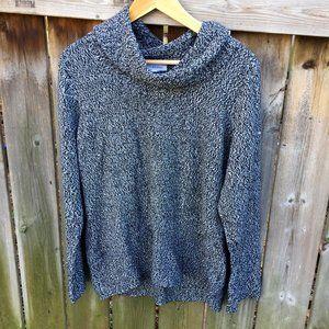 Calvin Klein cowl neck B&W sweater - size XL